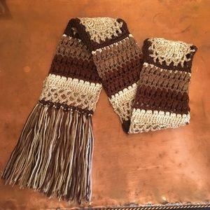 Accessories - 🌲EUC Never Worn Long Boho Crocheted Scarf🌲